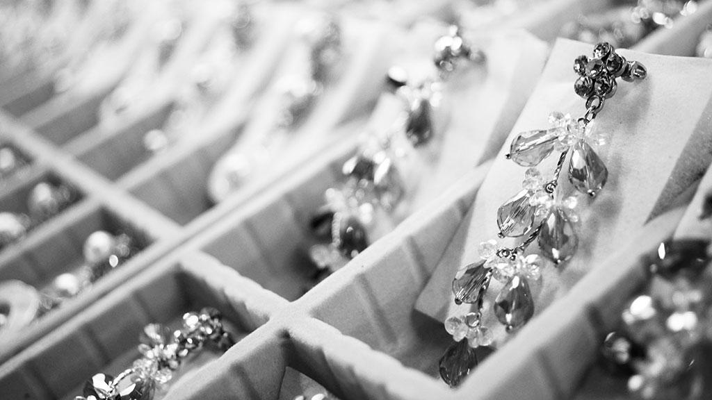 juwelierszaak afrekenen met valse pas